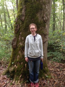 Susan in front of an old tree at Mammoth Cave National Park